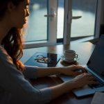 Chcesz pisać dłuższe teksty bez rozpraszania? Sięgnij po jedną z tych aplikacji 45