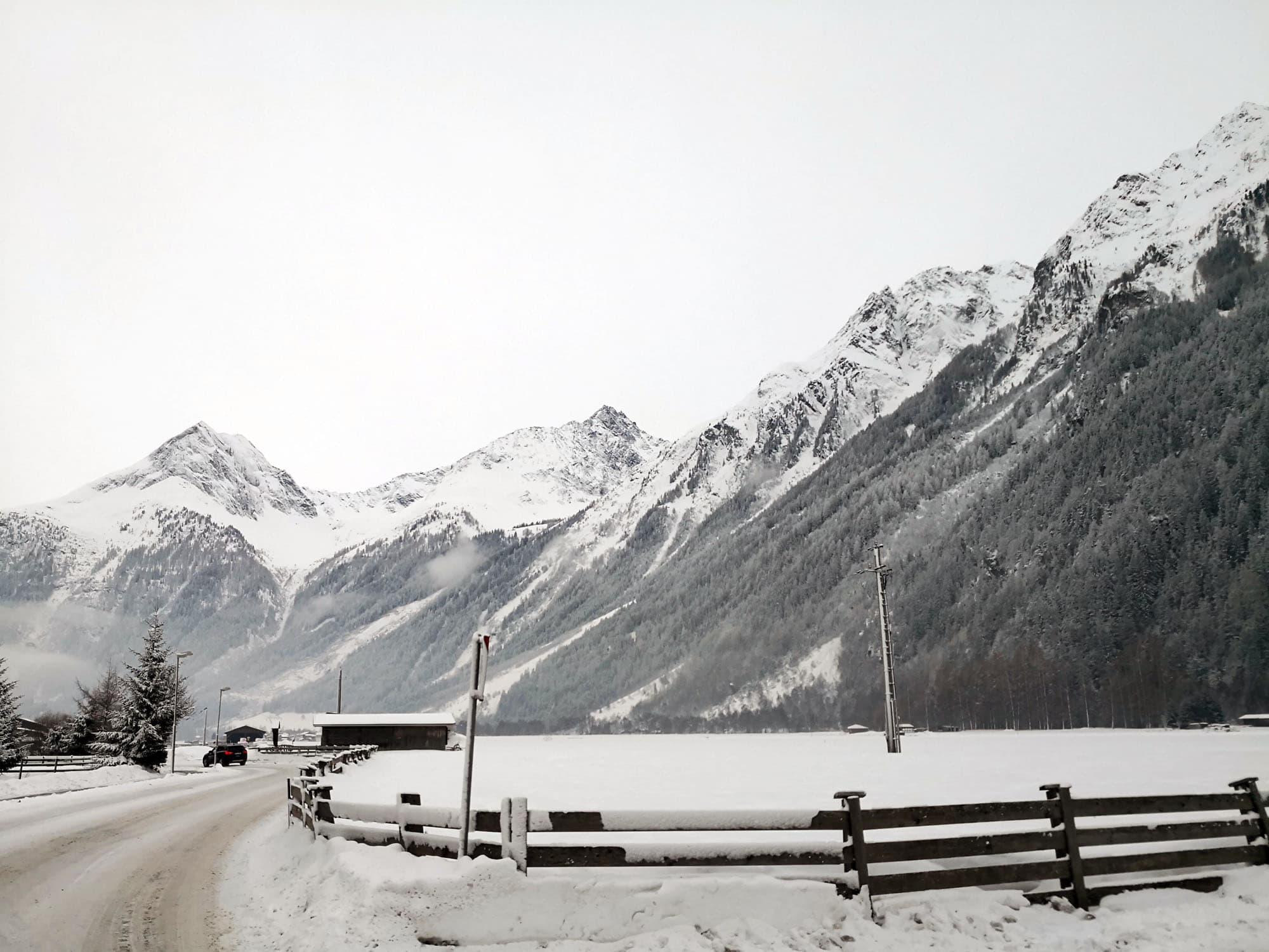 Czy warto jechać bez nart zimą w Alpy? 190