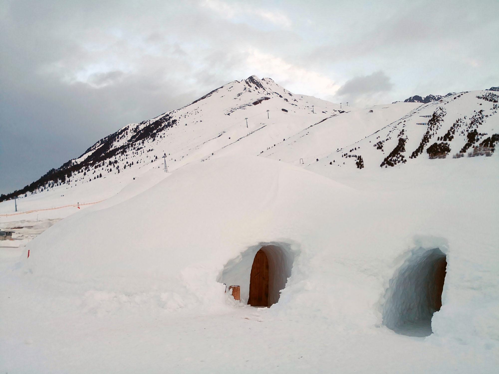 Czy warto jechać bez nart zimą w Alpy? 17