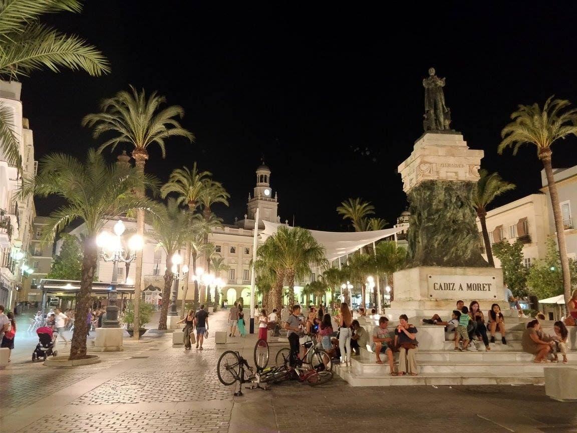 Luksus tylko dla bogaczy? Nieprawda! – nasz pomysł na Andaluzję na wypasie 57
