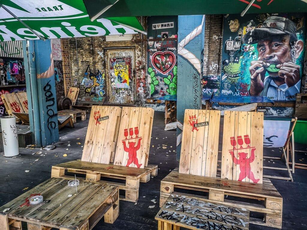 RAW Berlin - patio jednego z barów